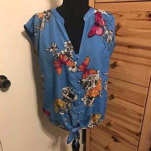 Butterfly tie knot blouse